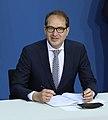 2018-03-12 Unterzeichnung des Koalitionsvertrages der 19. Wahlperiode des Bundestages by Sandro Halank–009.jpg
