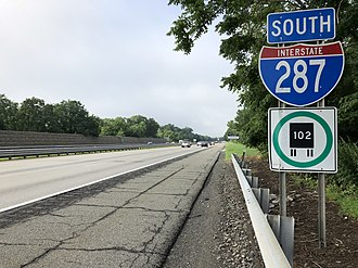 Pequannock Township, New Jersey - I-287 southbound in Pequannock Township