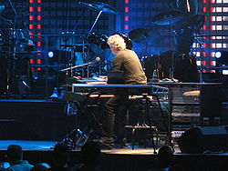 2431 - Washington DC - Verizon Center - Genesis - In the Cage.JPG