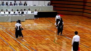 ファイル:56th Japanese wemen's championship of Naginata, -4 Dec. 2011 a.ogv