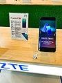 5G phone - ZTE Axon 10 Pro 5G (2).jpg