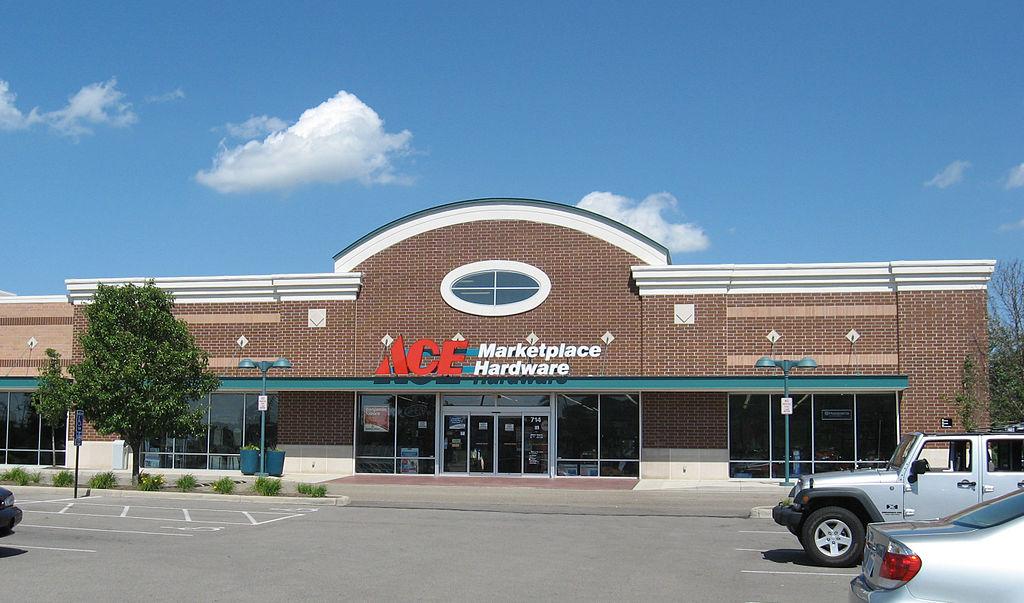 File:ACE Hardware Springboro, OH.JPG - Wikipedia
