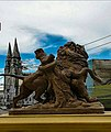 A catedral e a estatua. Ph Ivan Stesso.jpg