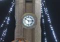 Abu Hanifa Mosque Clock.png