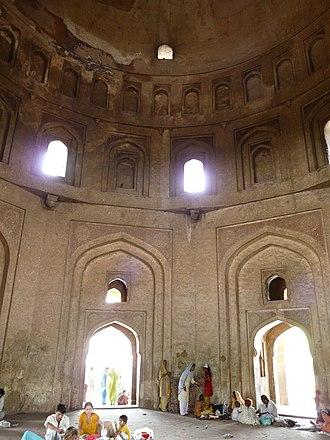 Tomb of Adham Khan - Adham Khan tomb interior, Mehrauli, Delhi