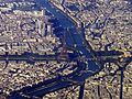 Aerial photograph of Eiffel Tower and Front de Seine, Paris 2005.jpg