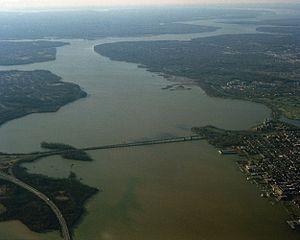 Woodrow Wilson Bridge - The original Wilson Bridge from the north in 1991