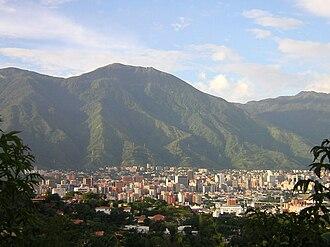 El Ávila National Park - Image: Altamira, La Castellana en Caracas, Venezuela