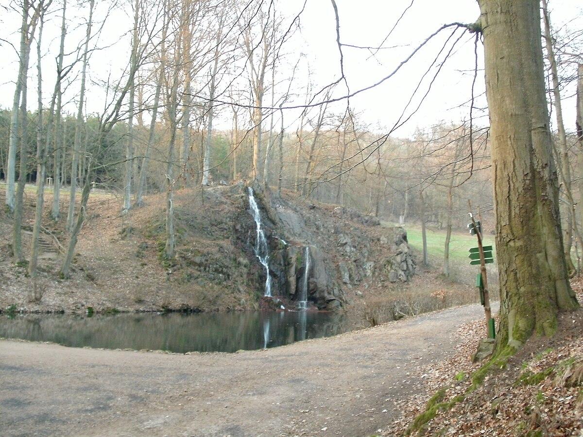 Luisenthaler wasserfall wikipedia for Wasserfall teich