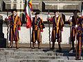 Anciens gardes suisses pontificaux à Lausanne 3.jpg