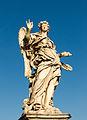 Ange portant des clous de Girolamo Lucenti, pont Sant'Angelo, Rome, Italie.jpg