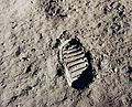 Apollo 11 bootprint - GPN-2001-000014.jpg