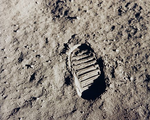 Apollo 11 bootprint - GPN-2001-000014