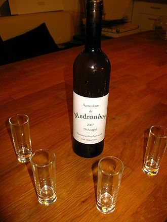 Aguardiente - Home-made Aguardente de Medronhos