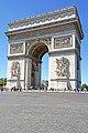 Arc de Triomphe, Paris 2014 002.jpg