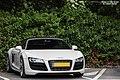 Audi R8 V10 Spyder (27998358431).jpg
