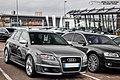 Audi RS4 B7 (16211284166).jpg