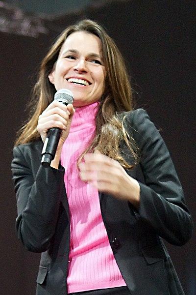 Fichier:Aurélie Filippetti - avril 2012 (crop).jpg