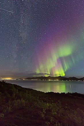 Auroras and Milky Way.jpg