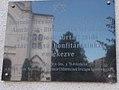 Auschwitz-Birkenau és Strasshof lágereibe deportált zsidó honfitársaink emléktáblája, Templom utca, 2017 Szolnok.jpg