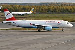 Austrian Airlines, OE-LBW, Airbus A320-214 (37008677993).jpg