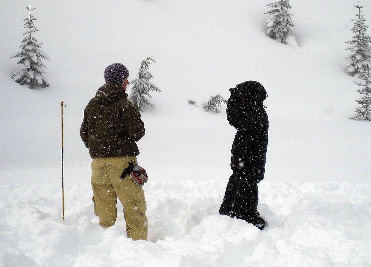 Avalanche rescue practice (2359169876).jpg