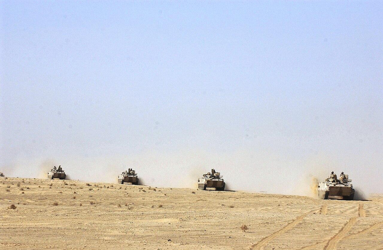 الجيش العربي الموحد 1280px-BMP-3_AFVs_of_the_UAE