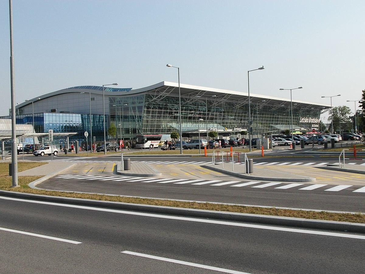 Bratislava Airport - W...