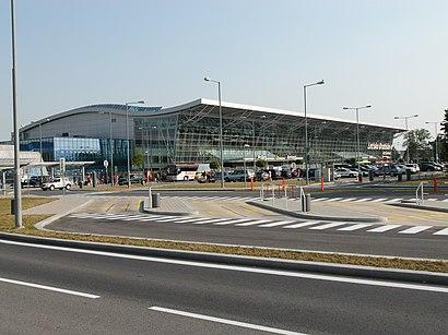 Jak do Letisko M.R. Štefánika hromadnou dopravou - O místě