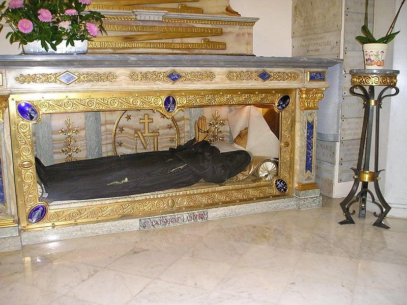 File:Bac.Catherine.Cercueil.jpg