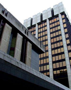 Bank Chambers - Bank Chambers from New York Street.