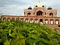 Beautiful Front view of Humayun's Tomb.jpg