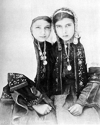 Culture of Palestine - Girls in Bethlehem costume pre-1885