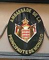 Blason Monaco ambassade Paris.jpg