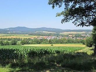 Waldershof - Image: Blick vom Wolfersreuther Berg über die Waldershofer Senke
