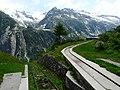 Blick von Wasserschloss Handeggfluh Ärlen auf Gelmerbahn.jpg
