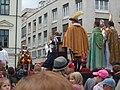 Bratislavské korunovačné slávnosti 2010 - Novokorunovaný kráľ Ferdinand IV. (herec E. Zvarík) (3).jpg