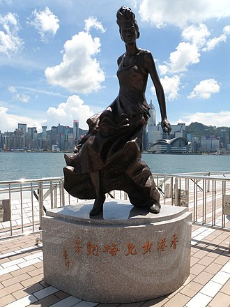 Anita Mui - Bronze statue of Anita Mui in Hong Kong