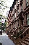 Brownstones West 69th St (6213604919).jpg