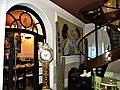 Bucuresti, Romania. Hanul Berarilor (Fosta Casa a Elenei Lupescu) (interior cu scara si ceas).jpg