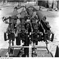Bundesarchiv Bild 121-1204, Russland, Vierlings-MG auf LKW.jpg