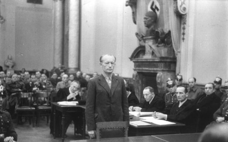 Bundesarchiv Bild 151-11-29, Volksgerichtshof, Adolf Reichwein