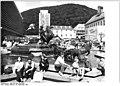 Bundesarchiv Bild 183-1987-0918-007, Suhl, Diana-Brunnen.jpg