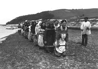 Barge Haulers on the Volga - Burlak women, 1900s