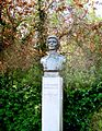 Bust of Constance Markievicz in St. Stephen's Green.jpg