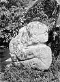 COLLECTIE TROPENMUSEUM Megalitisch beeld bij Tegoerwangi TMnr 10025805.jpg