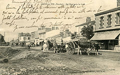 CPA Boutain CroixVie Grand Bazar.jpg