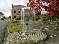 Cabine téléphonique de Casteide-Cami.jpg