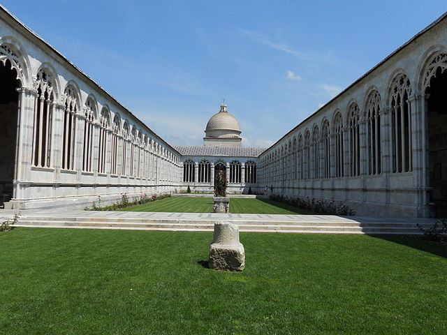 https://upload.wikimedia.org/wikipedia/commons/thumb/e/e0/Camposanto_monumentale_Pisa_%28interno%29.JPG/640px-Camposanto_monumentale_Pisa_%28interno%29.JPG
