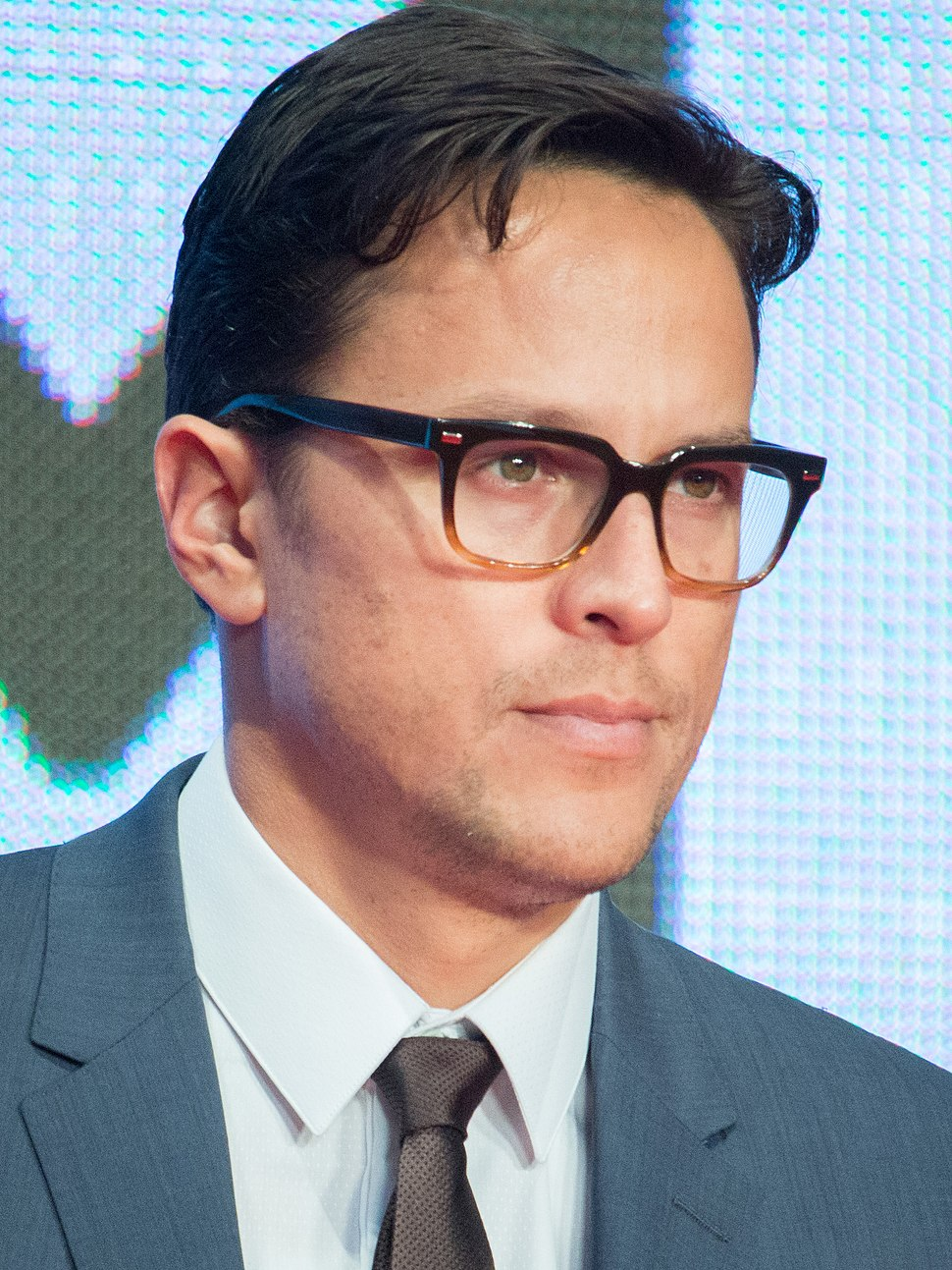 "Cary Joji Fukunaga ""Beast Of No Nation"" at Opening Ceremony of the 28th Tokyo International Film Festival (21806112494) (cropped)"